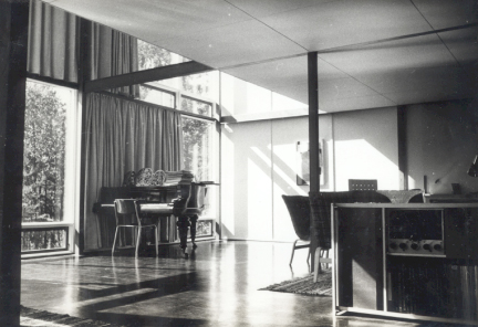 Norberg-Schulz own photographs of his house.