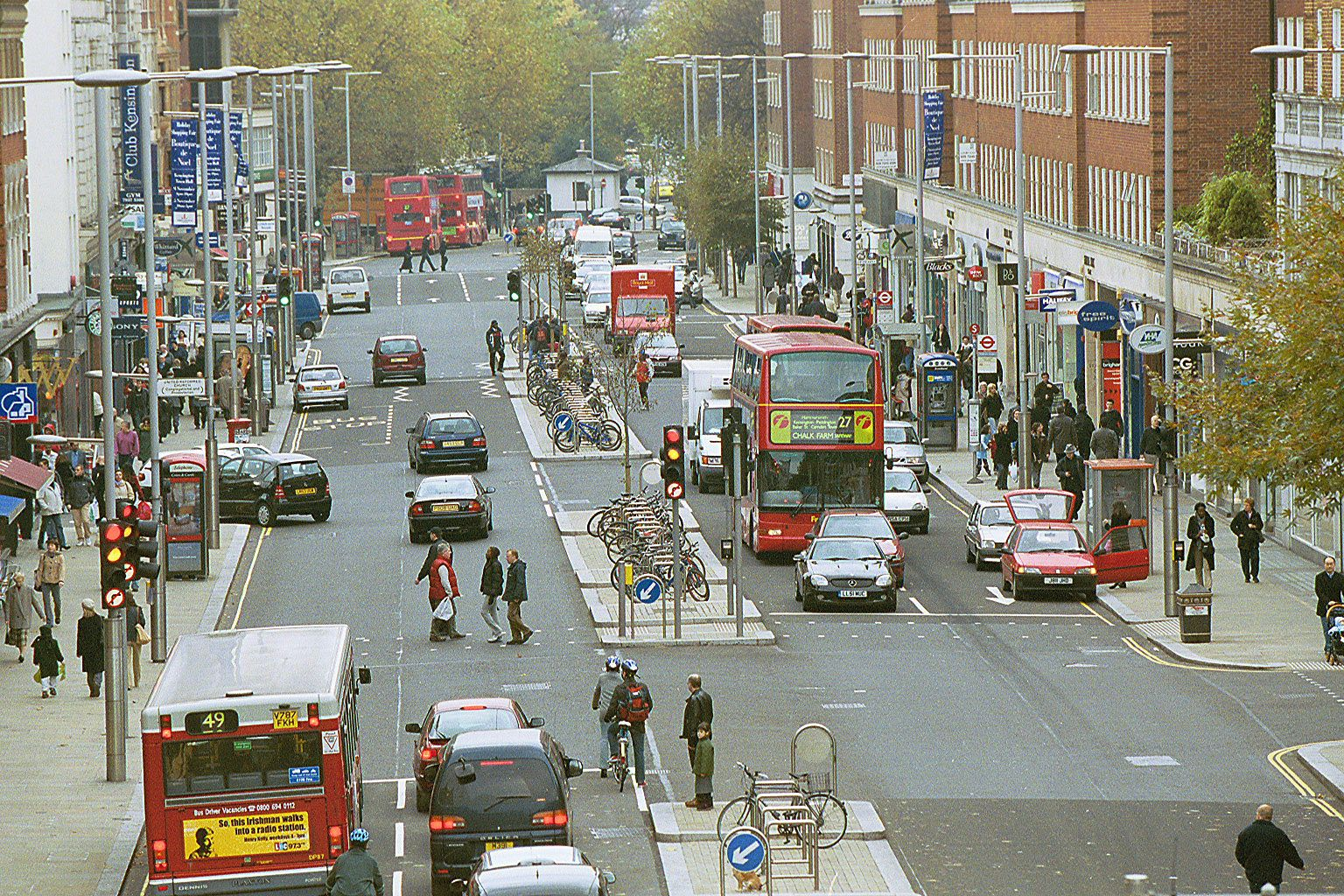Kensington High Street, London. An elegant and functional city street. Photo: ©RBK&C