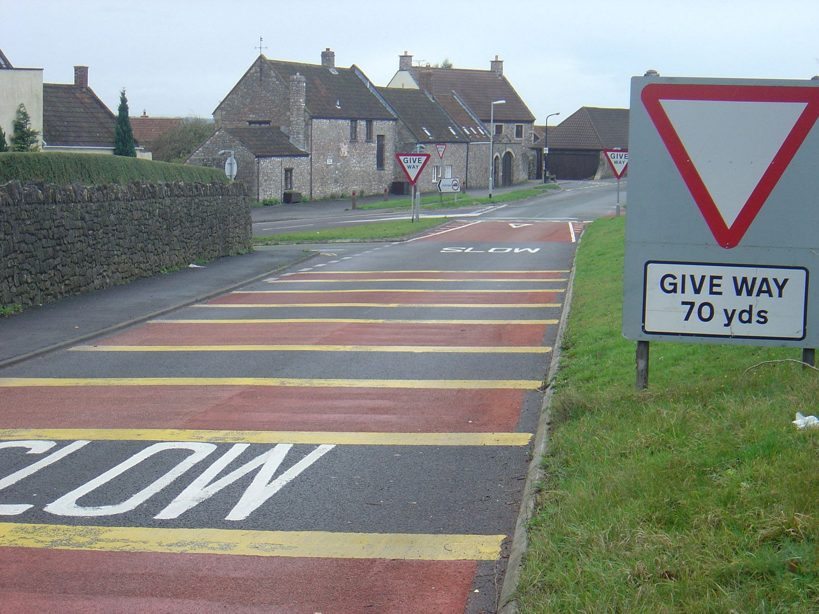 Rural road markings. Photo: ©English Heritage