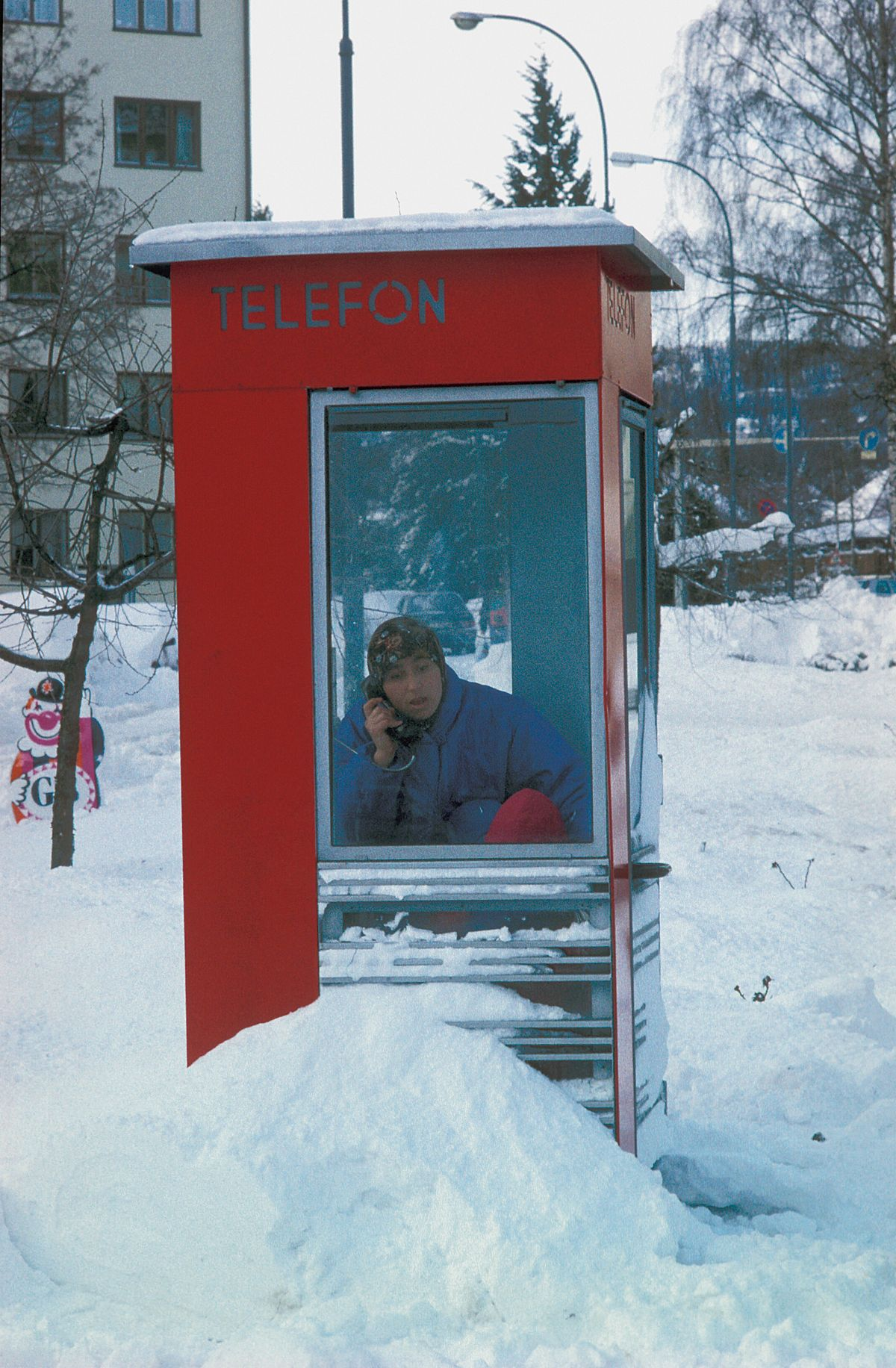 A phone booth at Sandaker, Oslo.